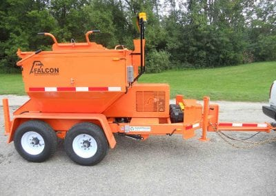 2-ft-hitch-on-Falcon-asphalt-reclaimer-and-recycler-3