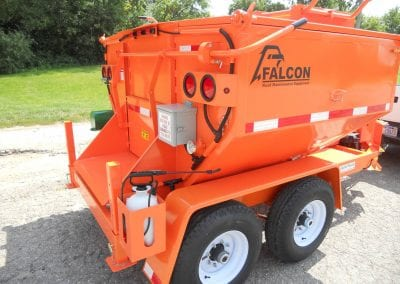 50-550-thermometer-on-Falcon-pothole-patcher-3