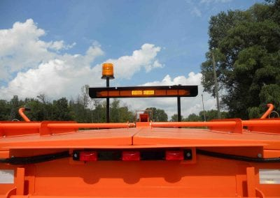 Arrow-stick-LED-mounted-on-Falcon-cold-patch-heating-trailer-2