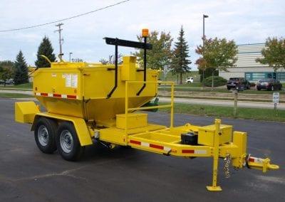 Toolbox-on-Falcon-asphalt-hauling-trailer-1-1024x768